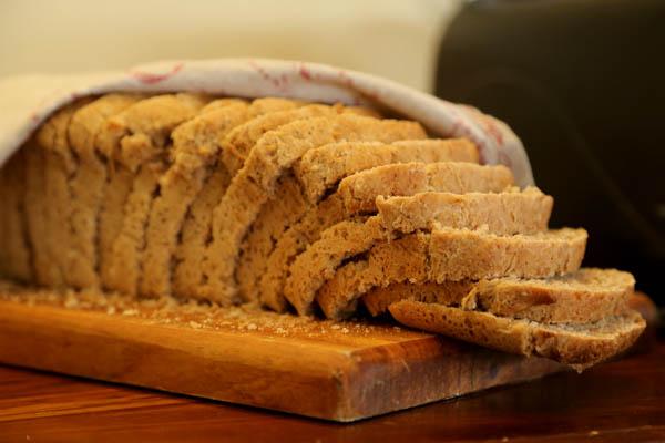 skeiding_freshly_baked_bread