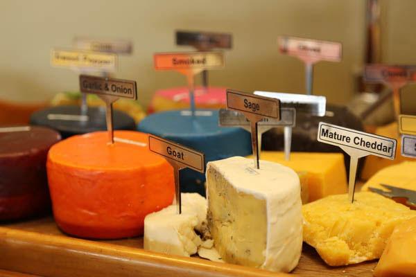 skeiding_cheeses
